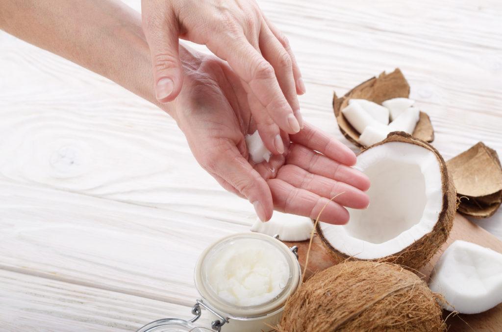 olio di cocco utilizzi cosmesi e bellezza